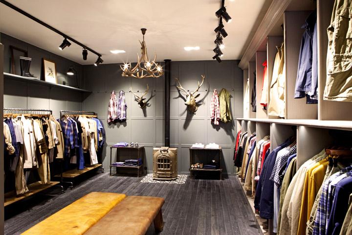 retail aigle flagship